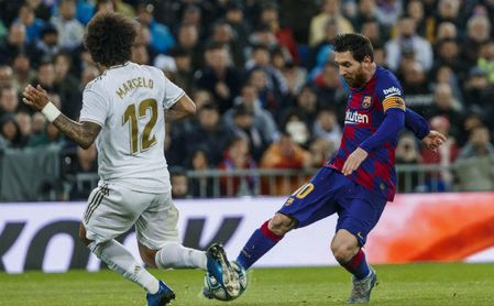Messi es el rey, pero un bético y un exsevillista están en el 'top ten' de los mayores regateadores de la última década.