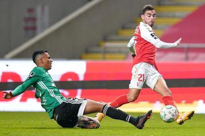 El brasileño Fabrício salva al Portimonense y el Braga sufre ante el colista