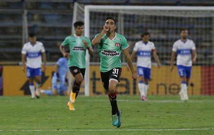0-1. La Católica cae pero avanza a cuartos y chocará con Vélez Sarsfield