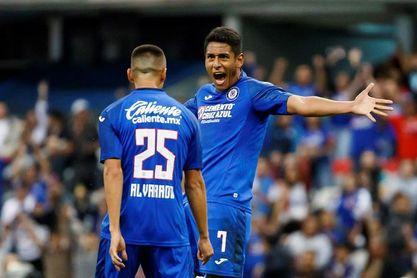 4-0. El Cruz Azul atropella a los Pumas UNAM y pone un pie en la final