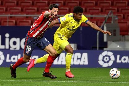 El hondureño Lozano, citado a última hora para el partido ante el Barcelona