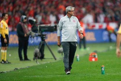 El técnico Odair Hellmann deja el Fluminense por el Al Wasl emiratí