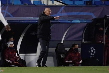 """Zidane: """"Es fundamental ser primeros; la primera vez conmigo"""""""
