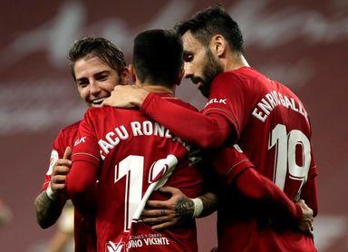 Los argentinos Calleri y Roncaglia se reencuentran con el gol
