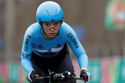 Lina Hernández gana etapa y asume el liderato del Tour Femenino de Colombia
