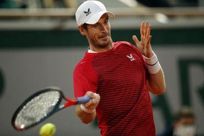 Andy Murray vuelve a la competición con victoria