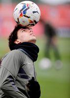 """Joao Félix entrena """"bien"""" y Simeone verá """"si juega de arranque"""" o después"""