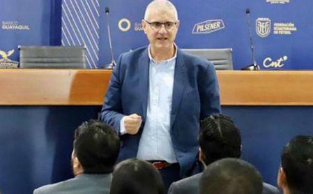 Antonio Cordón fue director deportivo de la selección de Ecuador y controla a las jóvenes promesas locales.