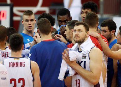 71-78. Manresa resuelve en un tercer cuarto aciago del Gipuzkoa Basket