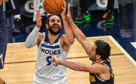 Campazzo brilla desde el triple ante los Wolves en su mejor partido en la NBA