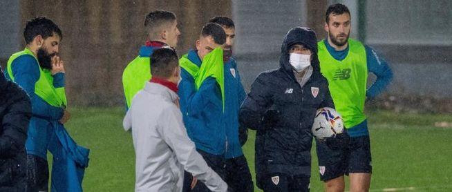 Marcelino firma su contrato con el Athletic después del primer entrenamiento