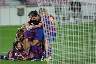 5-0. El Barça golea en el Camp Nou para continuar en lo más alto