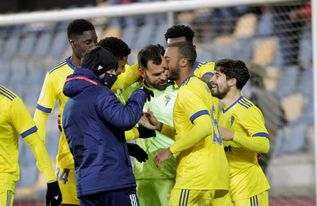 0-0. El Pontevedra roza la sorpresa pero cae en los penaltis ante el Cádiz