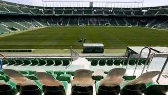 El Elche disputará sus dos partidos pendientes en febrero y marzo