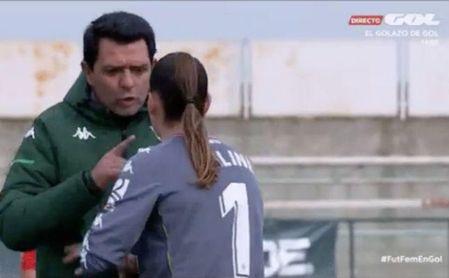 La derrota en el derbi desata la tensión en el Betis Féminas.