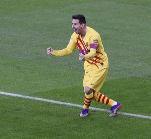 Messi se suma a la cabeza
