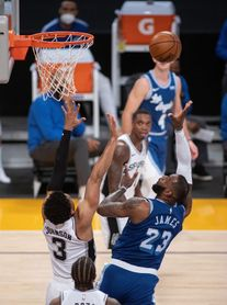 109-118. Triunfo de Spurs ante Lakers en una noche cargada de reivindicaciones.