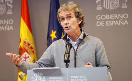 El coordinador del Centro de Alertas y Emergencias Sanitarias, Fernando Simón, ofrece una rueda de prensa de seguimiento de la pandemia por la covid-19 en el Ministerio de Sanidad en Madrid, este lunes.