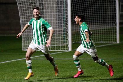 Betis Deportivo 1-0 El Ejido 2012: Raúl permite que el fortín bético siga siendo inexpugnable.