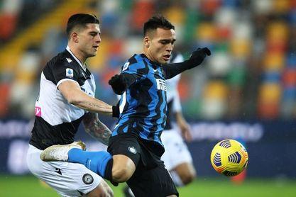 El Inter tropieza en Udine y el Milan, campeón de invierno pese a perder