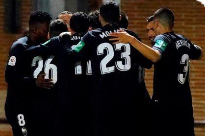 0-6: El Granada acaba con la gesta del Navalcarnero por la vía rápida