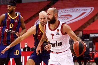 74-76: El Barça suma su sexta victoria seguida en un final agónico ante el Olympiacos