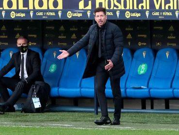 """Simeone: """"Necesitamos seguir agarrados al partido a partido"""""""