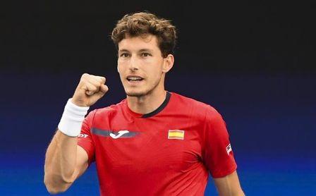 España cierra un debut perfecto sin Nadal al vencer a Australia 3-0.