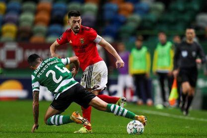 Sporting líder e invicto, el Oporto piensa en Europa y el Benfica en crisis