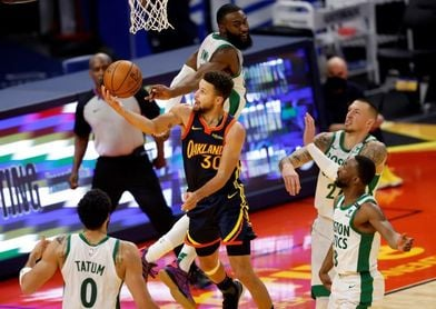 VanVleet, 54 puntos; Anthony supera a Wilkins; Jazz recuperan mejor marca NBA