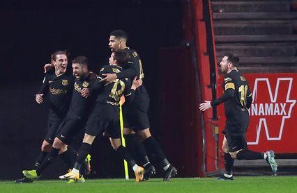 3-5. Reacción in extremis del Barça para pasar a semifinales en la prórroga