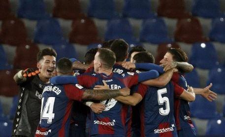 Levante-Granada, la cara y la cruz de la Copa se mide en la Liga
