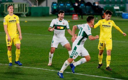 Elche 2-2 Villarreal: Carrillo y Boyé neutralizan la pegada de Gerard Moreno