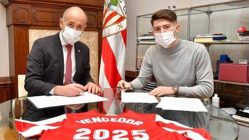 Unai Vencedor amplía su contrato con el Athletic hasta 2025