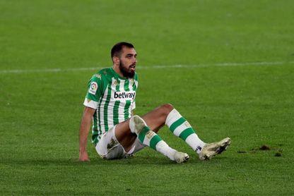 Borja Iglesias, lesionado, baja para Villarreal