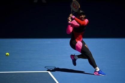 Serena logra una trabajada victoria y jugará con Sabalenka en octavos