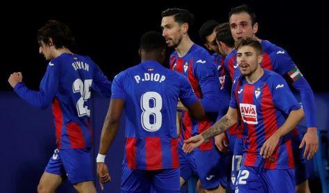 1-1. El Eibar y el Valladolid empatan el partido del miedo