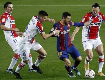 5-1. Doblete de Messi, doblete de Trincao, goleada del Barcelona