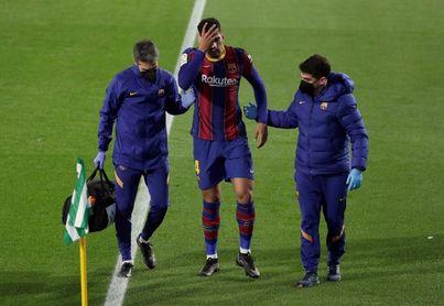 Araujo y Piqué vuelven a entrenarse con el grupo