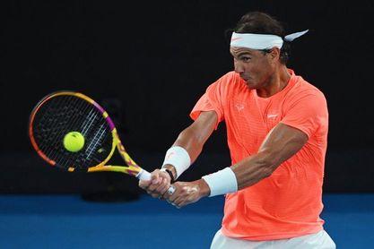 Tsitsipas remonta y vence a Nadal en cinco sets en cuartos de final
