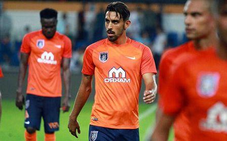 """De tener """"un acuerdo con el Sevilla"""" a sufrir una importante lesión."""