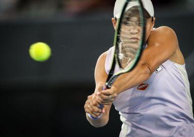 Danielle Collins deja el torneo de Adelaida sin la número uno mundial Barty