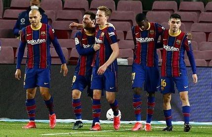 Messi asalta el liderato