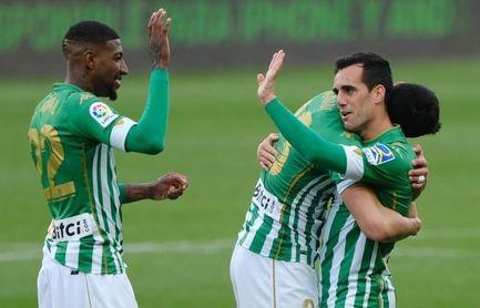 La afición del Betis cree en la Europa League