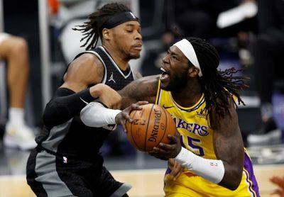 Los Lakers caen en el último suspiro ante los Kings sin James, Gasol y Davis