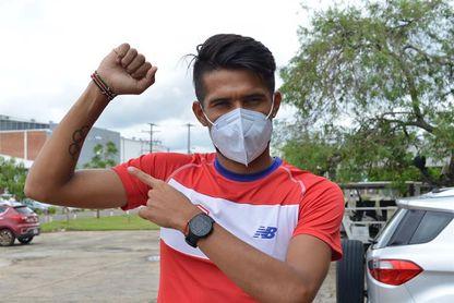 El paraguayo Derlys Ayala ultima su preparación en la altitud de Colombia