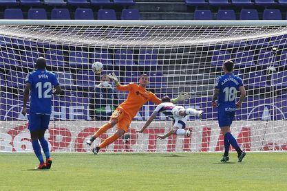 2-1. El Real Valladolid gana ocho jornadas después