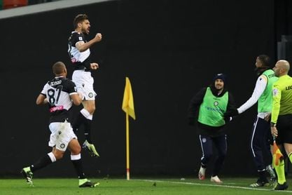 Llorente marca 462 días después y da 3 puntos al Udinese