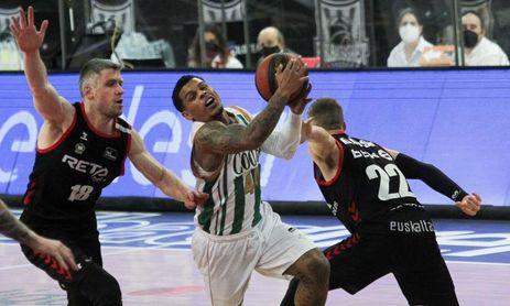 86-84. Jenkins lidera una victoria vital del Bilbao Basket