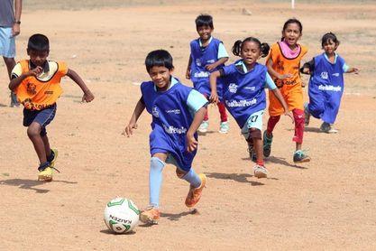 El fútbol rompe paradigmas en Anantapur